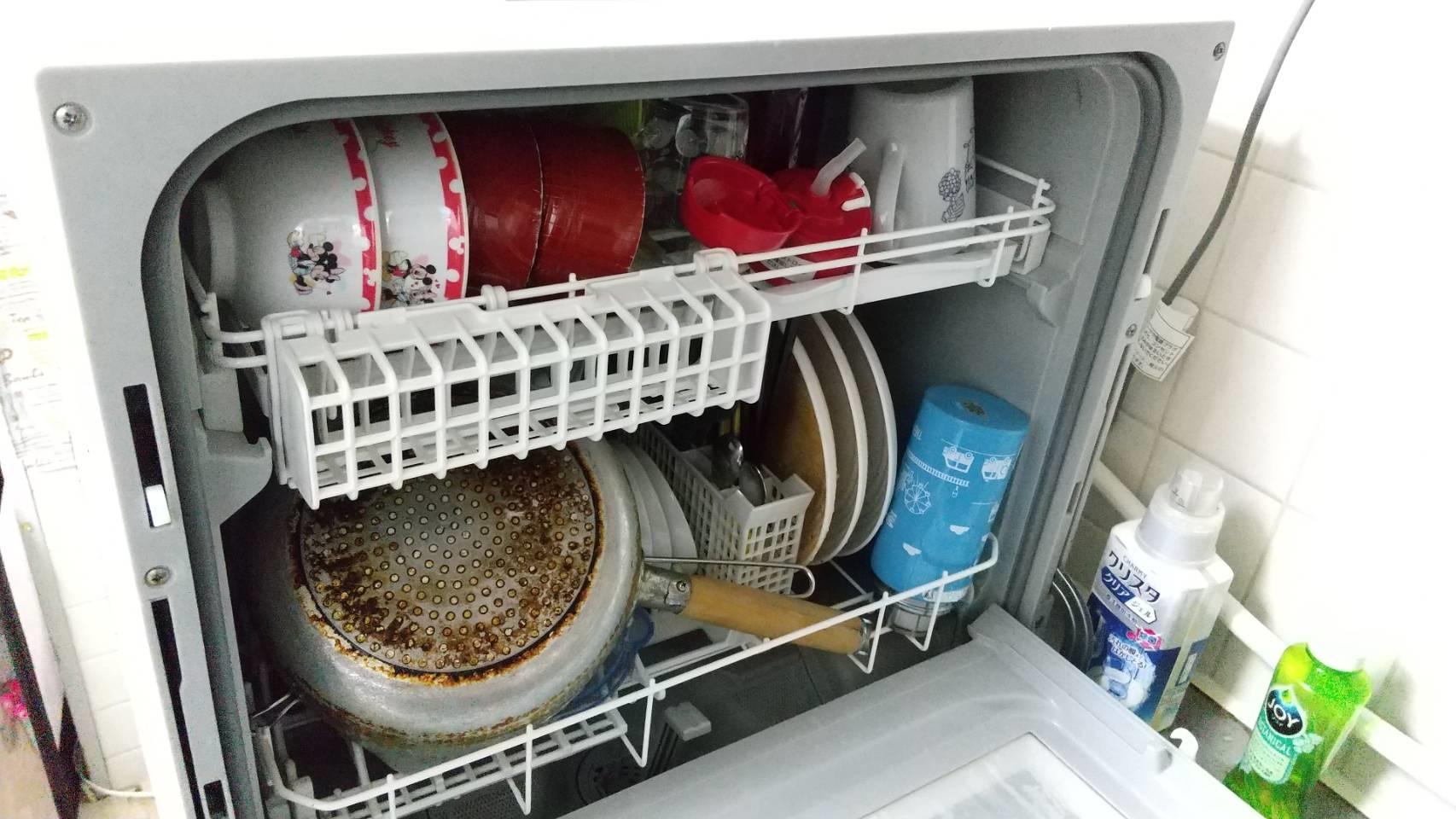 食洗機への食器セッティング